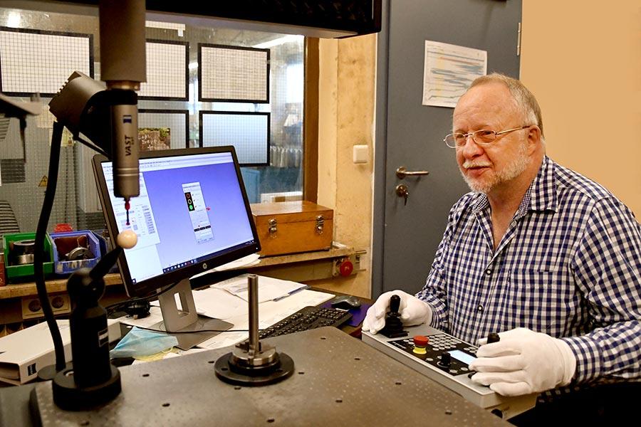 Optische und mechanische Messung